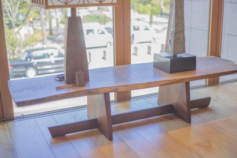 桜製作所のテーブル
