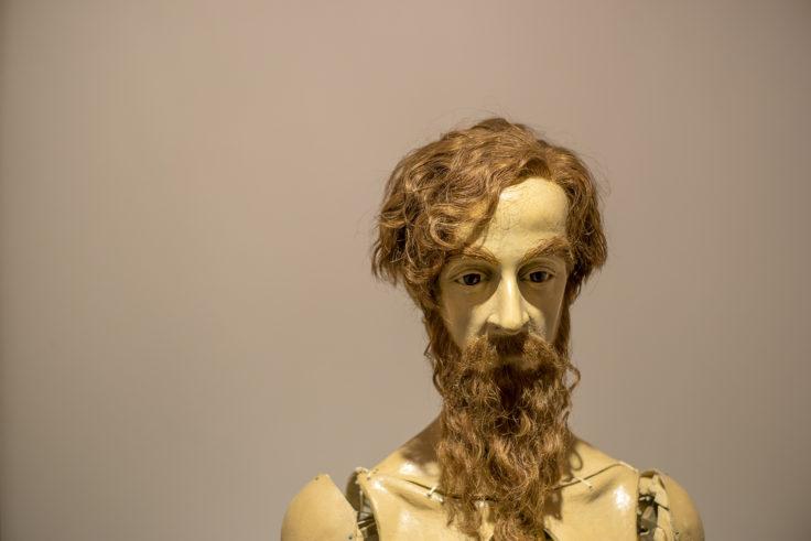 四谷シモン髭の男