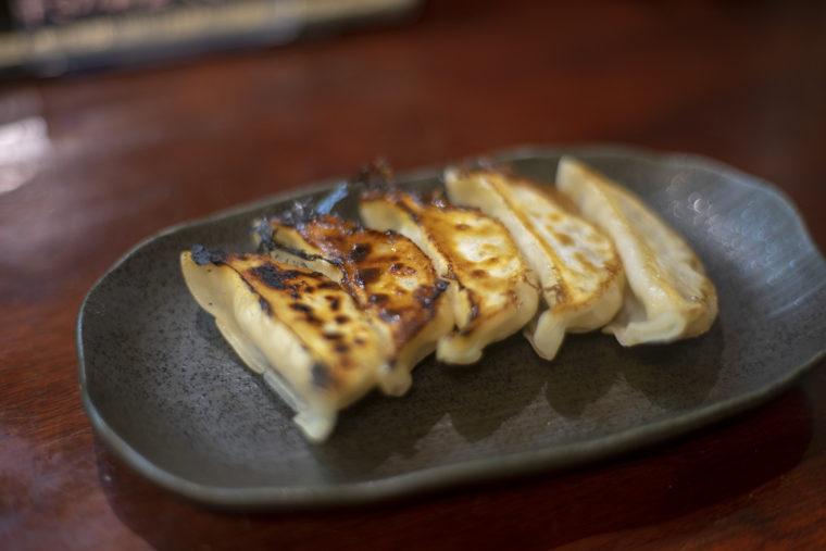 麺処希信の餃子