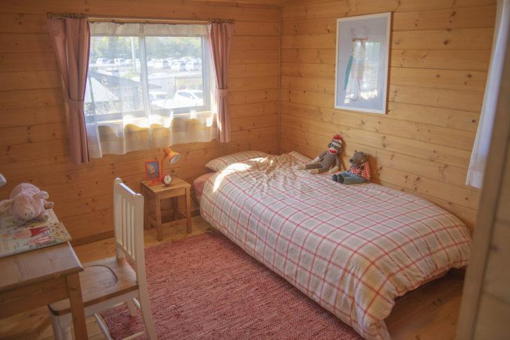 BESS COUNTRY LOGの子供部屋