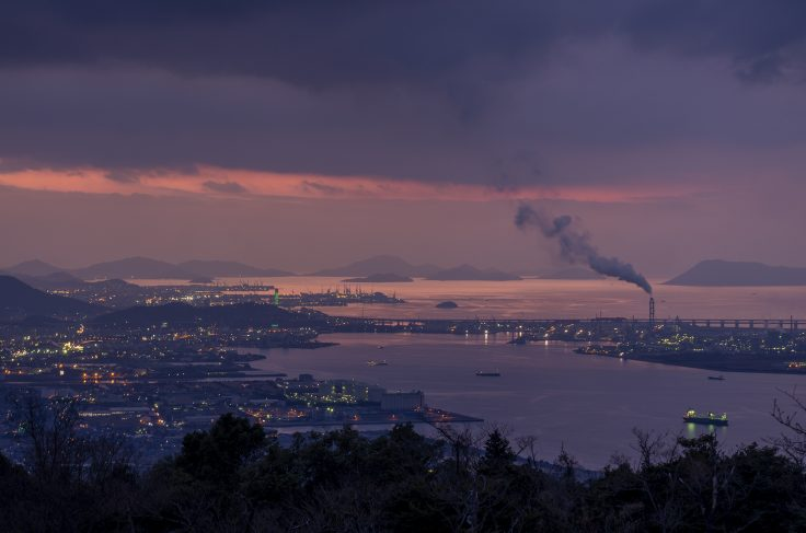 休暇村讃岐五色台から見た瀬戸内海のマジックアワー1