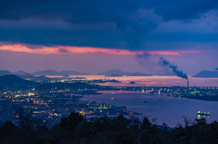 休暇村讃岐五色台から見た瀬戸内海のマジックアワー2