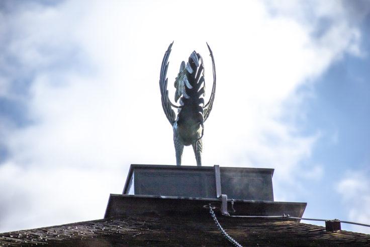 慈照寺銀閣の鳳凰後ろ