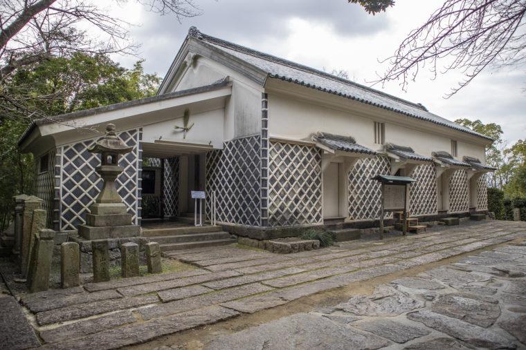 旧丸亀藩御用蔵