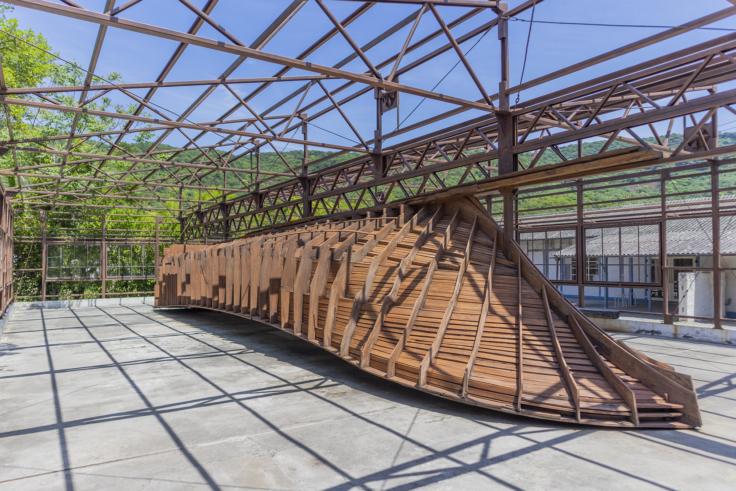 豊島の針工場