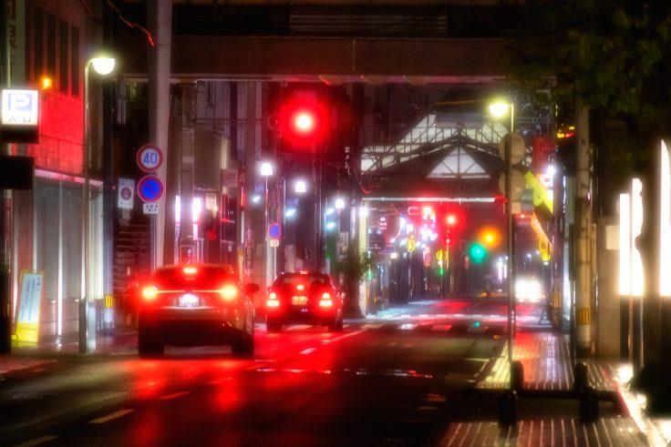 雨の高松市