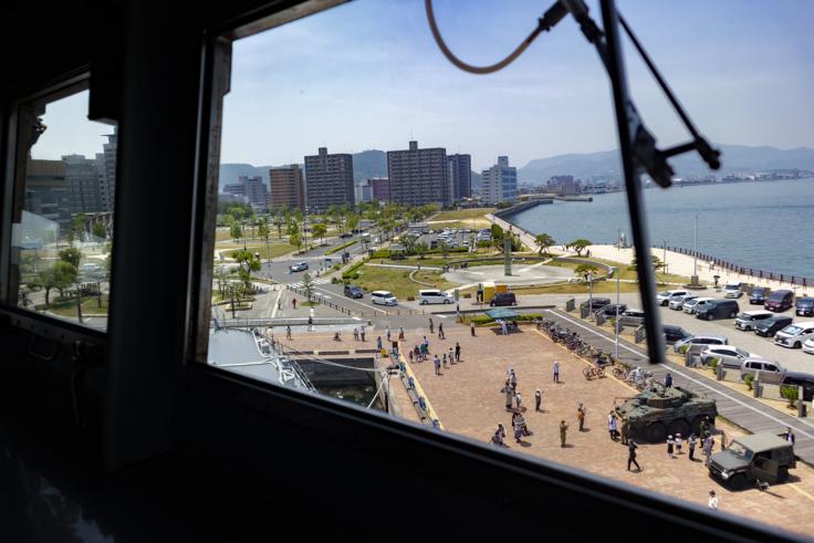 掃海母艦うらが操縦室から見たサンポート