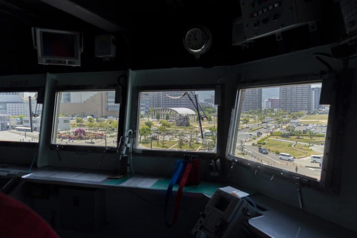 掃海母艦うらが操縦室から見たサンポート2