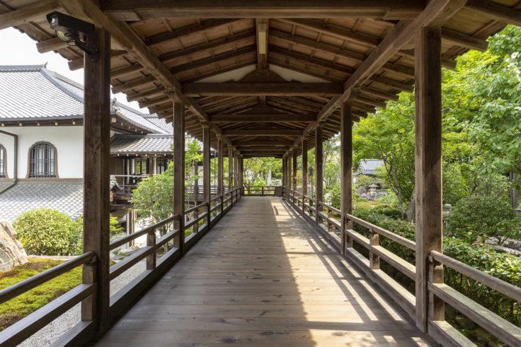 南禅寺庭園の廊下