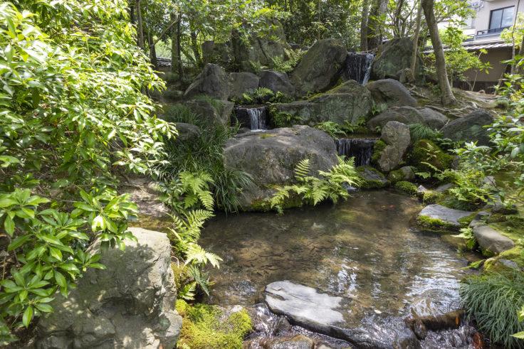 無鄰菴庭園の滝