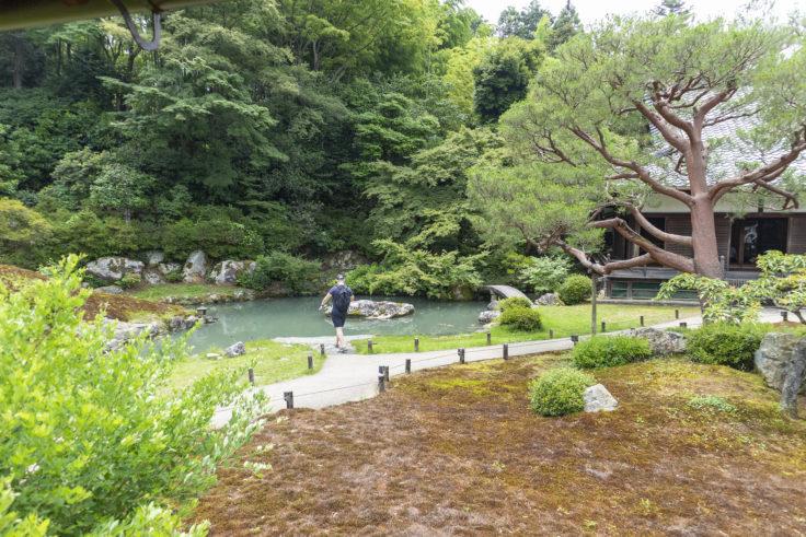 華頂殿から見た龍心池2