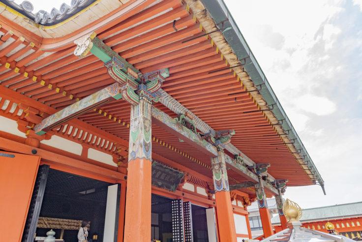 六波羅蜜寺本堂の装飾