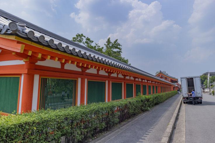 三十三間堂の塀