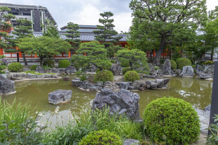 三十三間堂の庭園