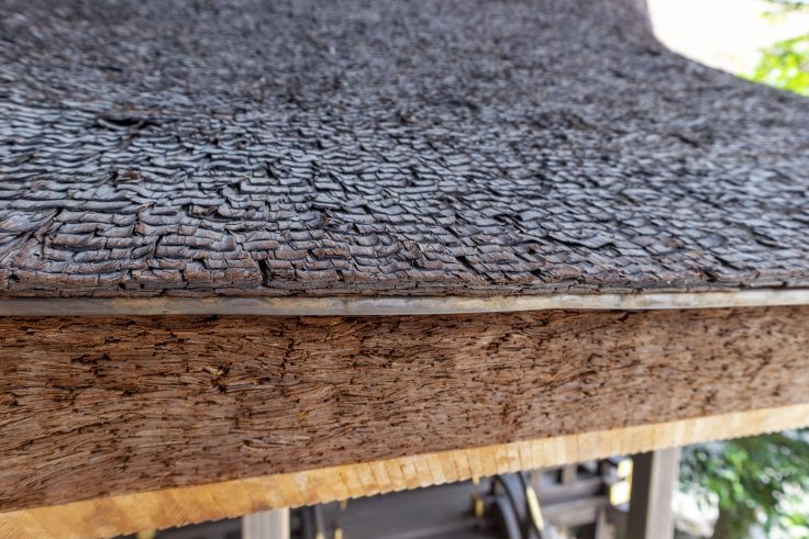 上賀茂神社の檜皮葺
