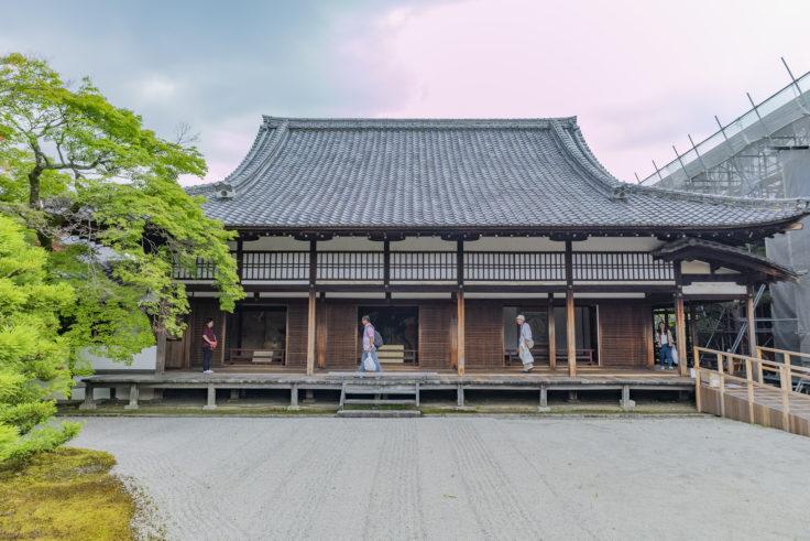 仁和寺南庭から見た白書院