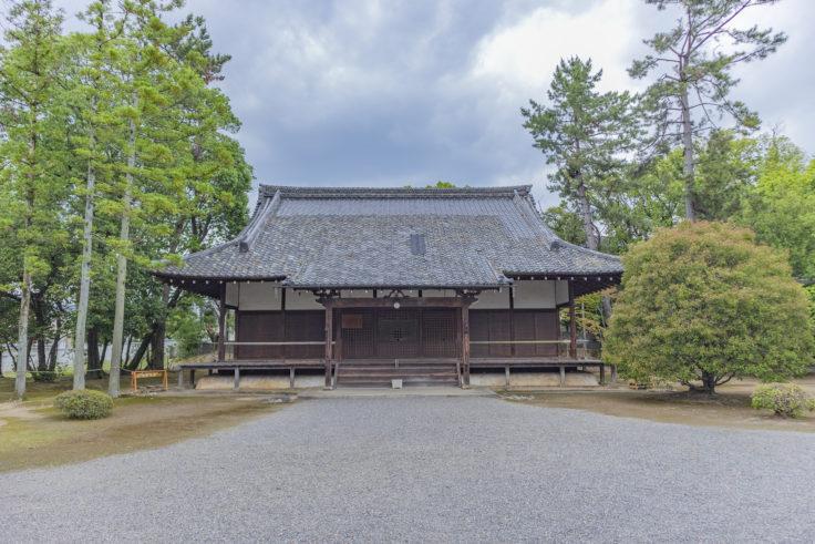 広隆寺薬師堂