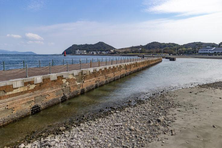 岡崎海岸の突堤2