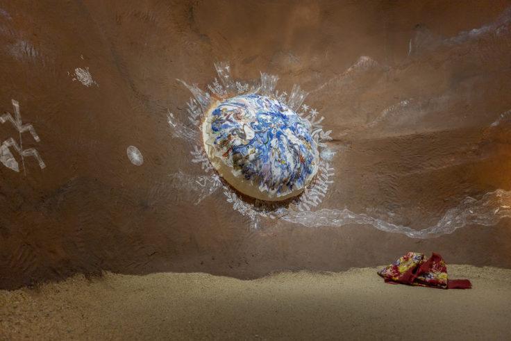 「言葉としての洞窟壁画と、鯨が酸素に生まれ変わる物語」共同制作2