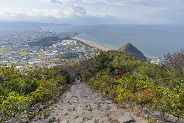 高屋神社の階段