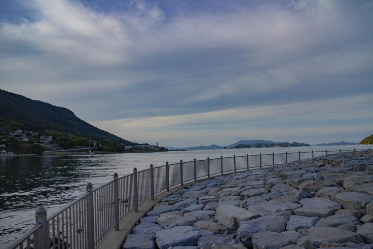 屋島立石港を散歩