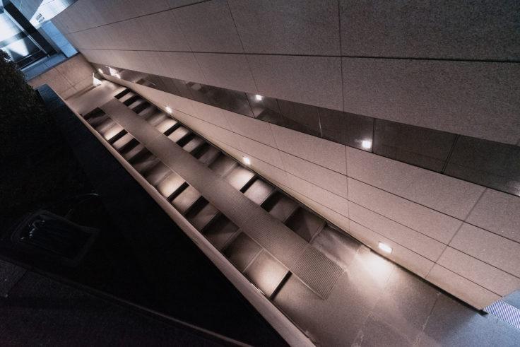 高松市美術館階段