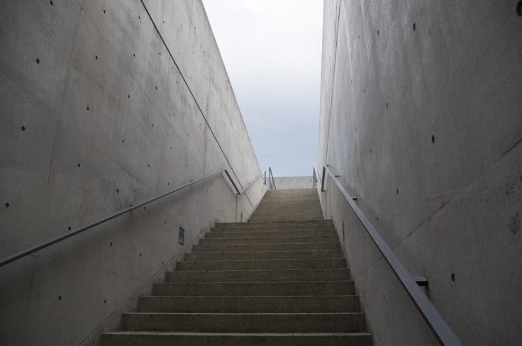 本福寺本堂入口