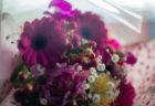 カスミソウとガーベラの花束